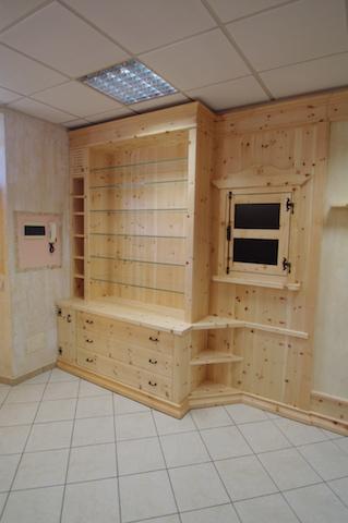 Arredamento negozi for Negozi arredamento online